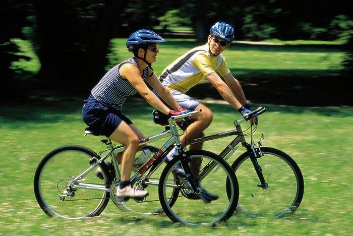ปั่นจักรยาน เผาผลาญไขมันบริเวณหน้าท้อง